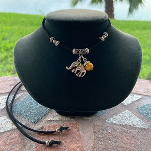 🔴 Elephant & tiger eye black suede boho choker